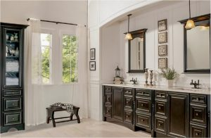 bathroom-cabinets-in- Lawrenceville-ga-black-shiny-vanity